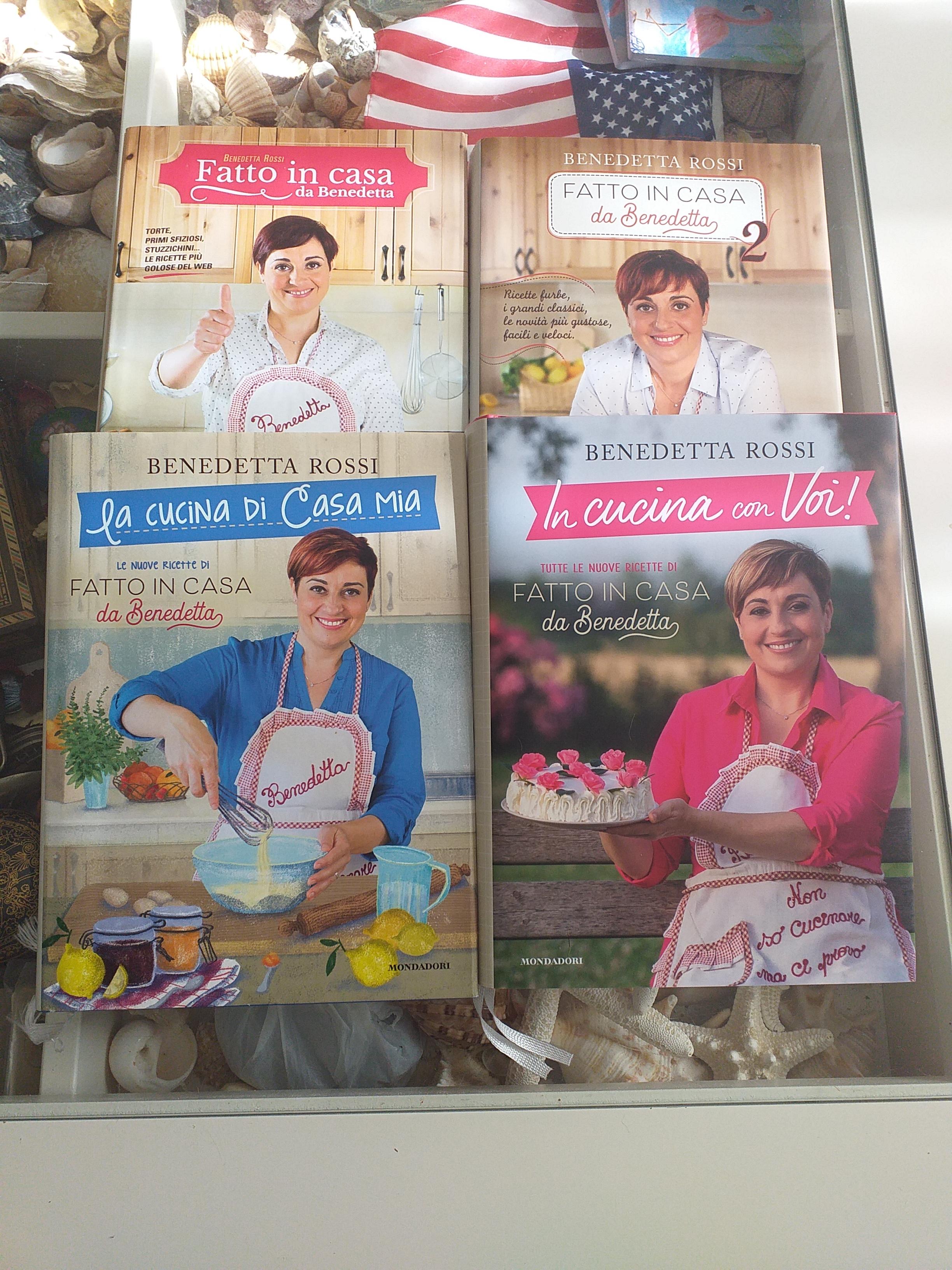 In Cucina Con Voi Di Benedetta Rossi La Gatta Con Gli Occhiali